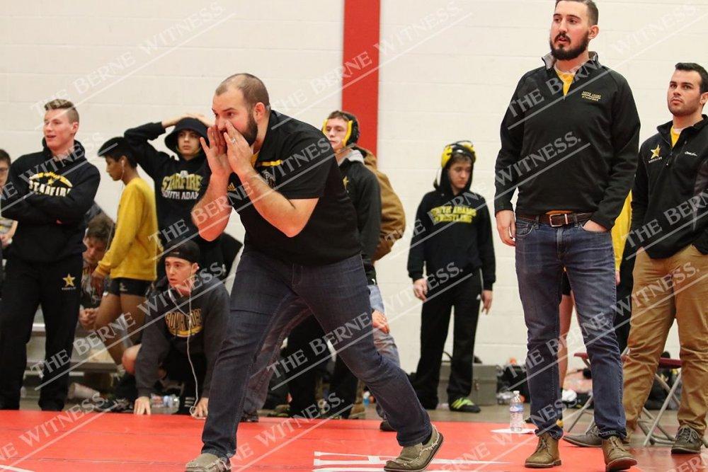 coaches.thumb.jpg.a0001aebd8e37e81d03db63f74a9bb90.jpg